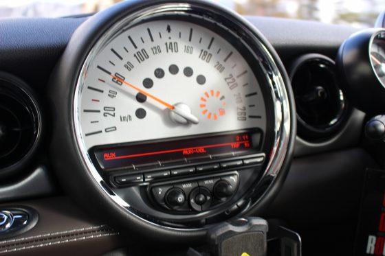 ホームページの表示速度の重要性と改善ポイント