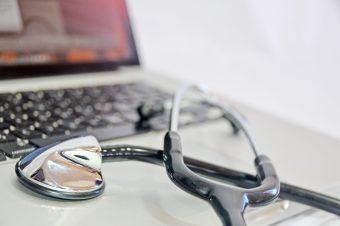 ホームページ運営の基礎を学ぶための研修(Google Analytics)